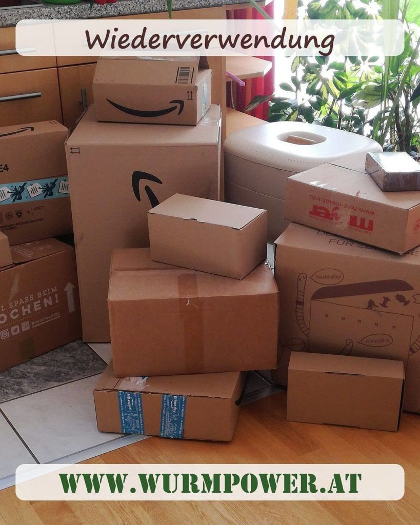 Pakete wiederverwenden. Abfall vermeiden. Wurmpower Wien